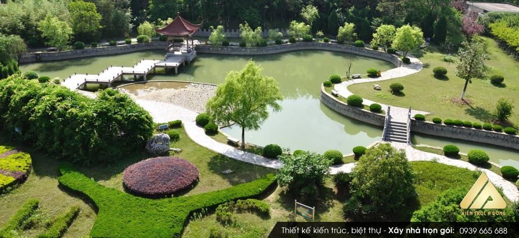 Thiết kế sân vườn cổ điển